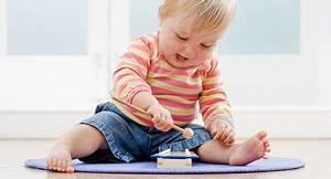 Maltafel Für Kleinkinder : tolle spielideen f r babys baby und familie ~ Eleganceandgraceweddings.com Haus und Dekorationen