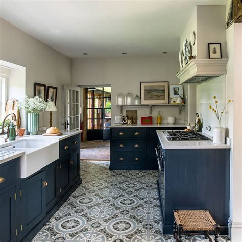 Kitchen flooring ideas ? for a floor that?s hard wearing