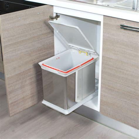 poubelle cuisine coulissante sous evier comment choisir une poubelle cuisine pratique et tendance