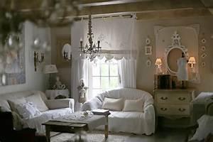 salon romantique salon shabby chic ambiance cosy le With tapis champ de fleurs avec canape style cottage anglais