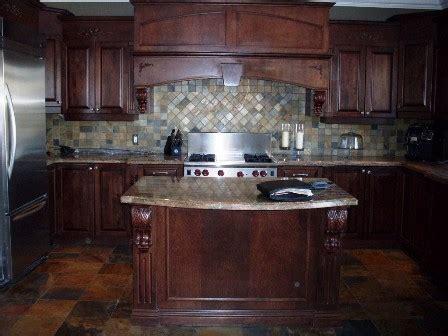 restauration armoires de cuisine en bois le décapage rajeunissement ou la restauration de vos