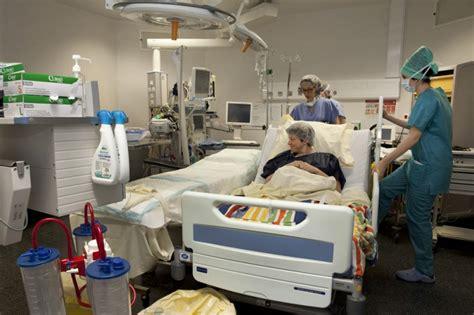césarienne programmée bébé en siège la césarienne programmée natacha soury