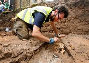 Mystery as archaeologists unearth skeletons at ...