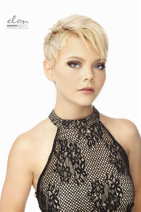 43 Perfect Short Hairstyles for Fine Hair (2018 Trends)