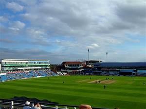 File headingley cricket stadium g wikimedia commons