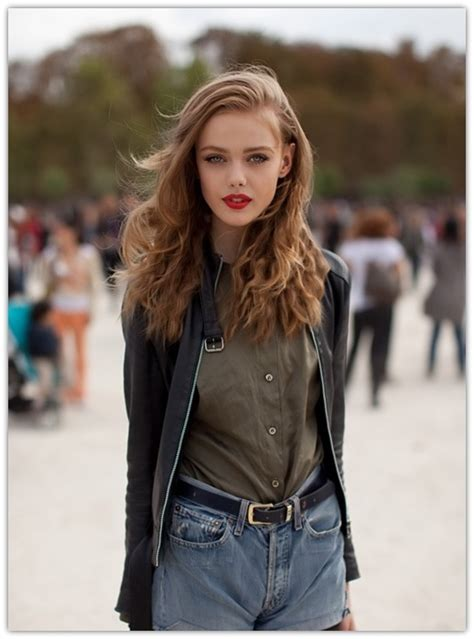 change wear  deep side part hairstyle fashionsycom