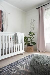 1001 idees pour la decoration chambre bebe fille With tapis chambre bébé avec tapis de fleurs pour mal de dos