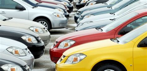 How To Use The Kelley Blue Book (kbb) To Find Values Of