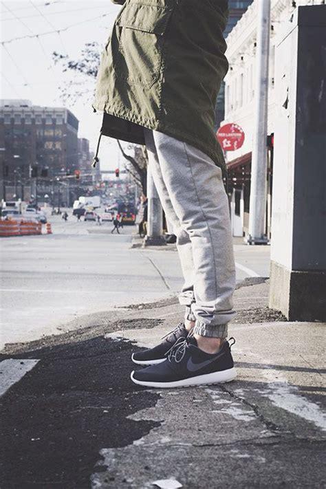 3 Ways to Wear Jogger Pants | Jogger Pants Nike and Roshe