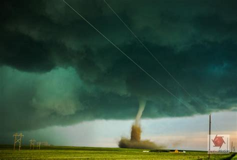 Twin Twisters Stunning Photo Shows Tornadoes Dancing