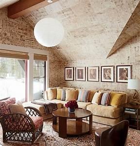 1001 conseils et idees pour amenager un salon rustique With tapis oriental avec canape de salon cuir