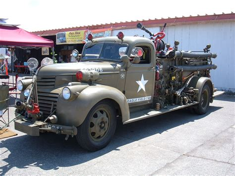 Filechevrolet Ww Ii Fire Truck Eagle Field Two Side 1jpg