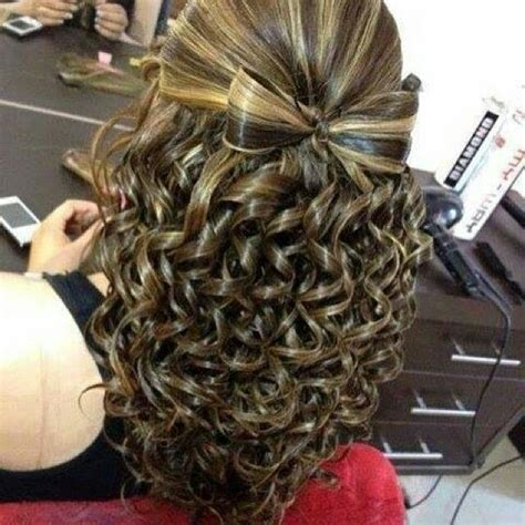 Bow With Waterfall Curls Hairstyle Do That Hair Hair