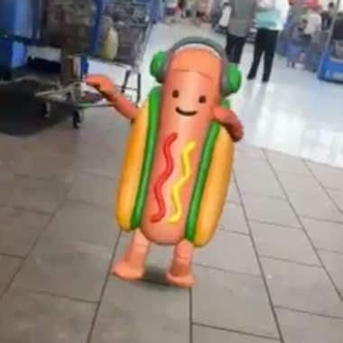 Hot Dog Meme - snapchat hot dog meme here s how to use it fortune