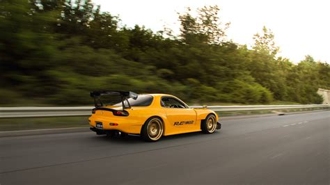 Rx Hd Picture by Mazda Rx7 Wallpapers Hd Hd Pictures