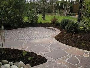 Gartengestaltung Mit Naturstein Mauern Wasserläufe Und Terrassen : gartengestaltung mit naturstein stones detmold ~ Orissabook.com Haus und Dekorationen