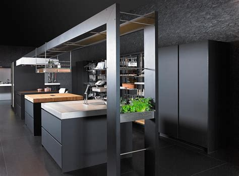Ekskluzīvas virtuves iekārtas no INSIDE   In2House