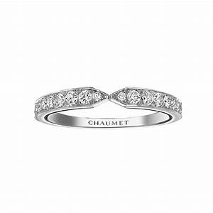 Josephine eclat floral wedding band chaumet the for Chaumet wedding ring