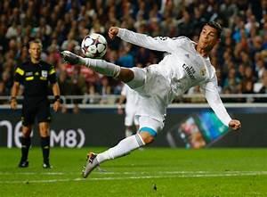 Portuguese town erects Cristiano Ronaldo soccer statue ...