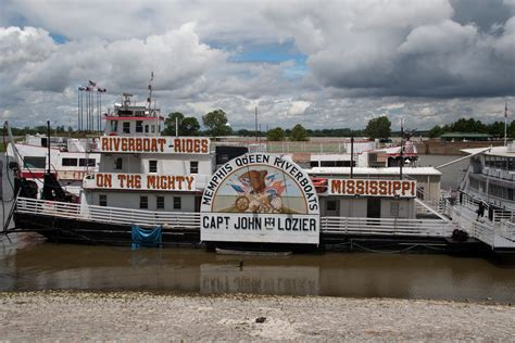 Mississippi River Boat Cruise St Louis by File Riverboat Cruises Riverboat