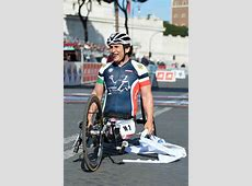 Alex Zanardi Wins Rome Marathon, Sets New Record