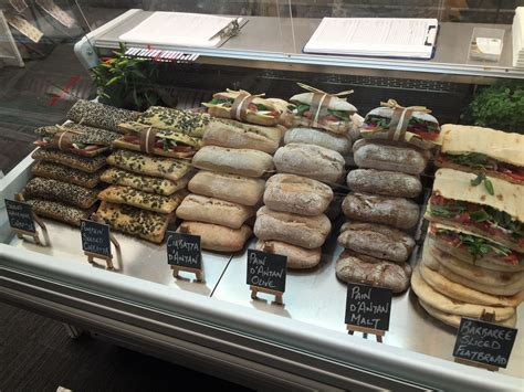 But how do you exactly start a coffee shop? Pin by Antony Aguado on Ond's Food Display Ideas   Cafe ...