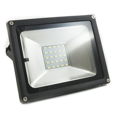 lade con pannello solare idee di luce con pannello solare