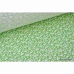 Tissu 100 Coton : tissu coton imprim vert et blanc pour enfant theme ours au bois ~ Teatrodelosmanantiales.com Idées de Décoration