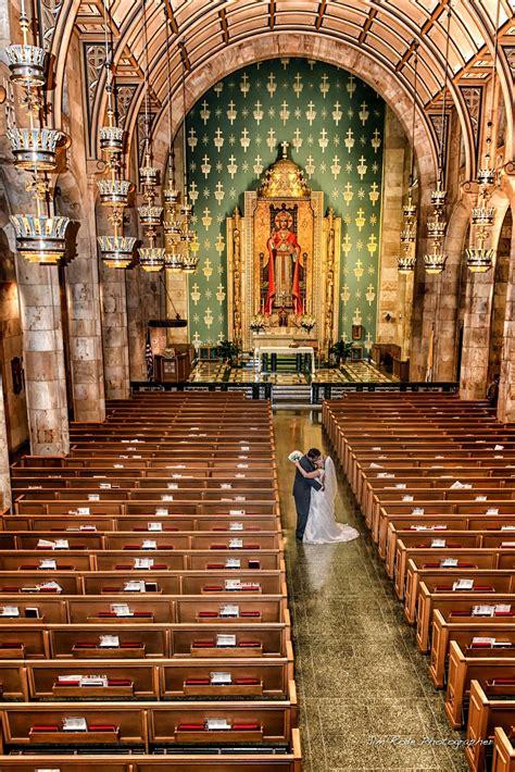 dim light  christ  king catholic church