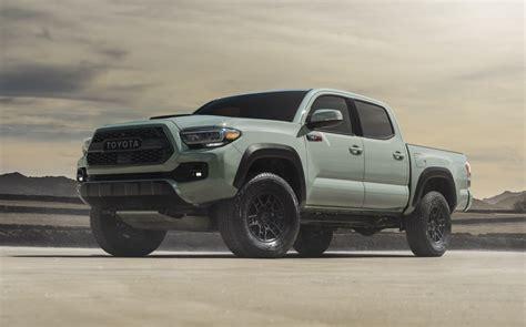 toyota  gave   trd pro trucks  sweet  paint job slashgear