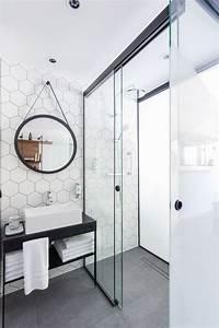 Salle De Bain Contemporaine : 25 best ideas about large shower on pinterest large ~ Dailycaller-alerts.com Idées de Décoration