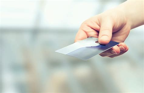 When we crunched the numbers to see. Compare the best no annual fee credit cards - Pay £0 annual fees