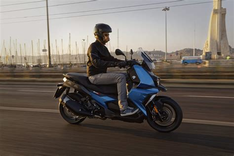 Modification Bmw C 400 X by The New 2018 Bmw C 400 X Scooter Rescogs