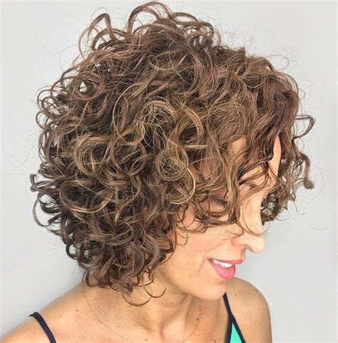 65 Different Versions of Curly Bob Hairstyle Curly bob