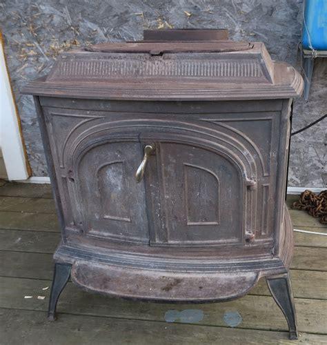 Second Hand Wood Heater - Facias
