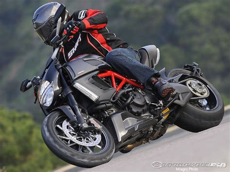 2018 Ducati Diavel Picture 439406 Motorcycle Review