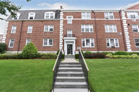 Garden City Ny Property Records by Cherry Valley Garden City Island Condominiums