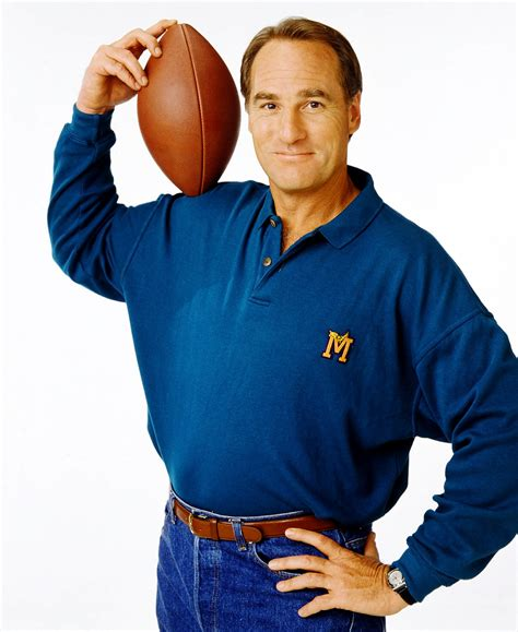 coach craig t nelson episodes nbc reviving coach with craig t nelson ew