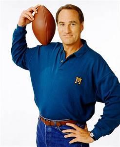NBC reviving 'Coach' with Craig T. Nelson | EW.com