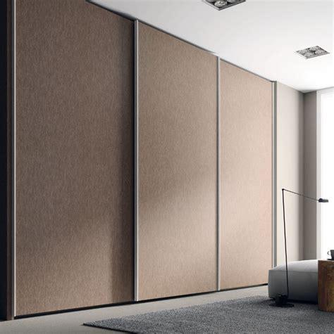 porte habits chambre armoire chambre a coucher porte coulissante armoire