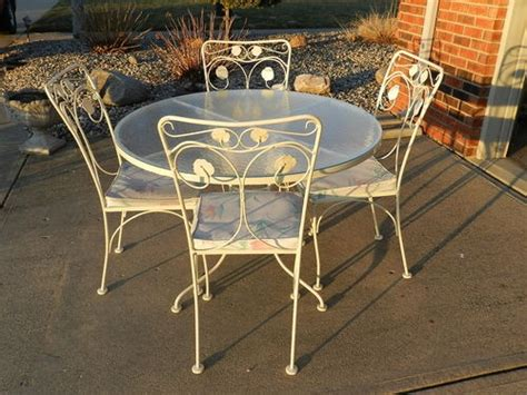 vintage meadowcraft wrought iron patio furniture estate heavy metal patio table 4 chairs quot quot woodard