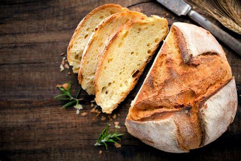Receta Pan: Cómo hacer pan casero esponjoso y fácil