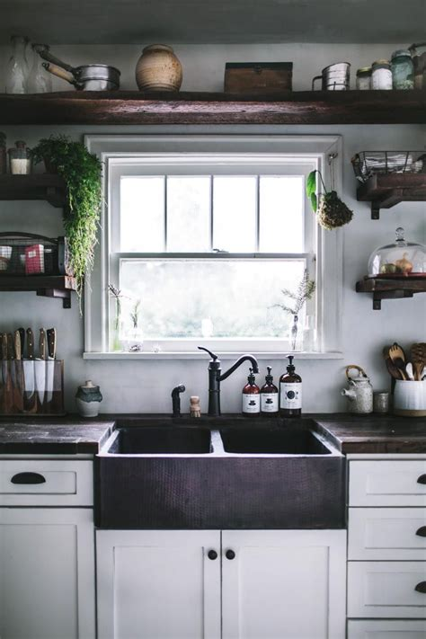 Built In Open Kitchen Shelving by 25 Best Ideas About Open Shelving On Kitchen