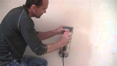 decaper un mur exterieur peint pr 233 parer un mur avant de le rev 234 tir bricobistro