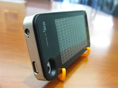 iphone solar charger solar powered charger for the apple iphone cleantechnica
