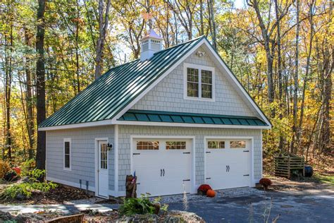 foundation custom garages  barn yard great country