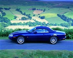 Jaguar Xk8 Fiche Technique : fiche technique jaguar xk8 cabriolet i 4 2 v8 cabriolet ba 2004 ~ Medecine-chirurgie-esthetiques.com Avis de Voitures