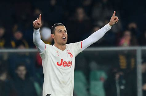 CR 1000: Ronaldo equals Serie A record on milestone appearance