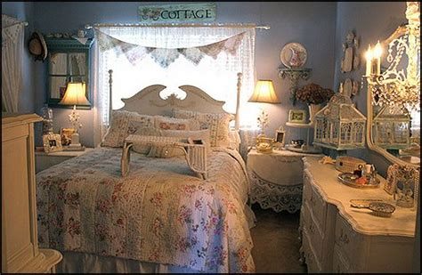Decorating Theme Bedrooms  Maries Manor Victorian