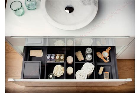 amenagement tiroir salle de bain organisateur de tiroir accessoires de salle de bain